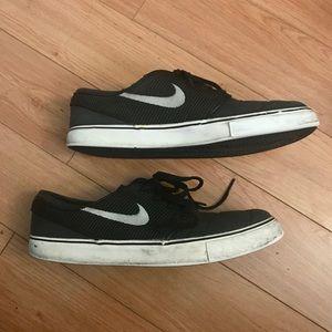Nike Blk Stefan Janoski Skateboard Shoe, 10 1/2